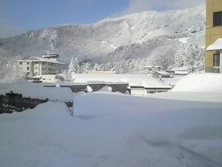 蔵王温泉の雪景色.JPG