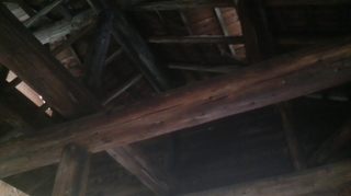 下湯の天井の柱.JPG