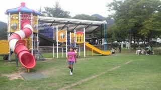 公園内 2.JPG