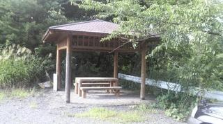 前川ダム休憩所.JPG