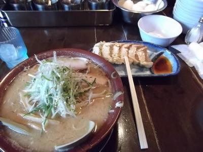 味噌ラーメン&ギョーザ.JPG